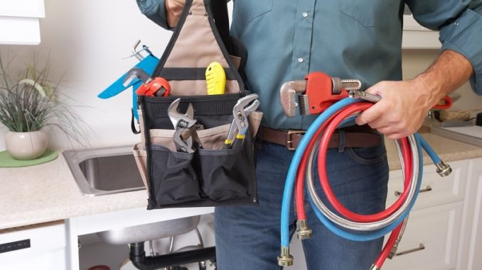 Few Useful Tips for Hiring the Best Emergency Plumber of The Locality cords