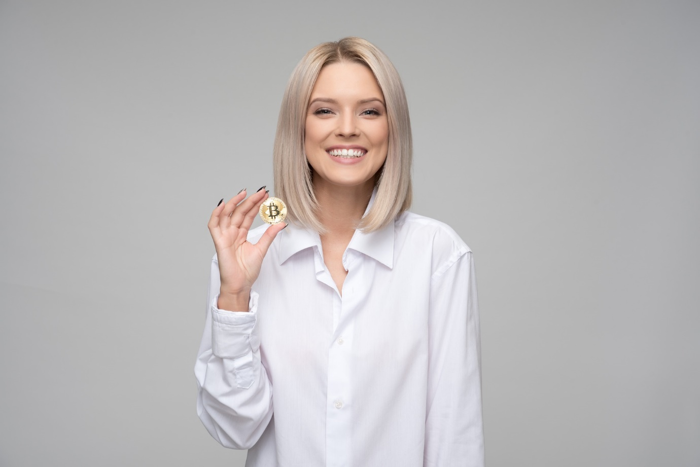 The Things That You Need To Know About Cryptocurrencies happy woman